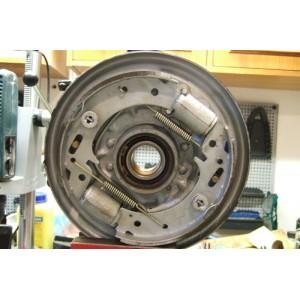 Почему барабанные тормоза уступили место дисковым?